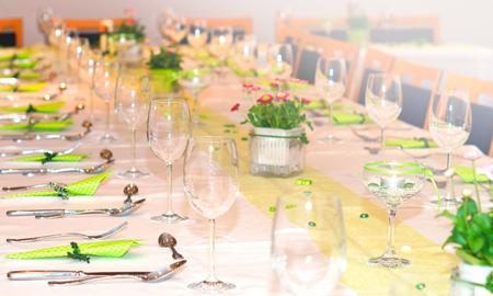 07cb6776939c Výzdoba svadobného stola