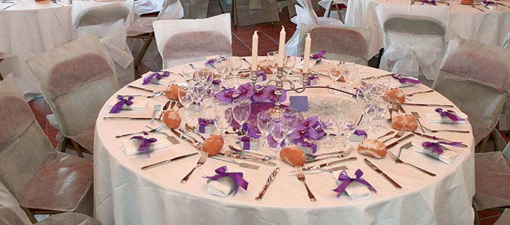 6c490f81f641 Svadobné dekorácie vo fialovej a lila